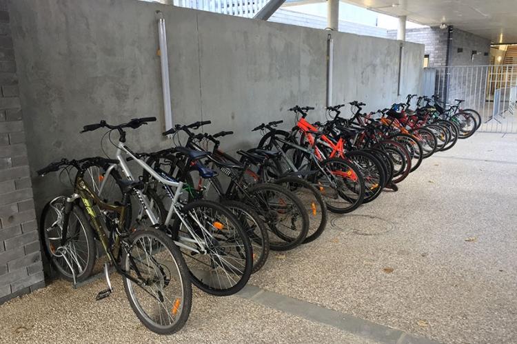 Le garage à vélos et trottinettes fait le plein !