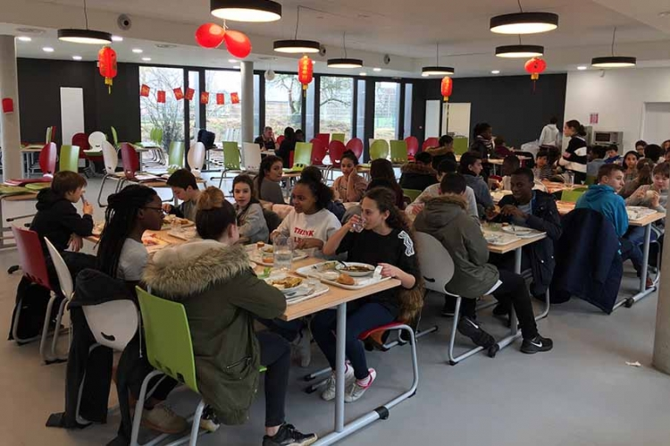 Repas Chinois au collège Simone Veil