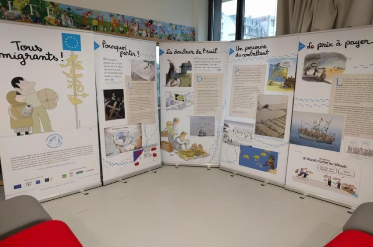 """Nouvelle exposition au CDI : """"Tous Migrants"""""""